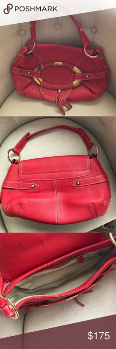 Tod's leather bag Like new condition. Beautiful red leather. Tod's Bags Shoulder Bags