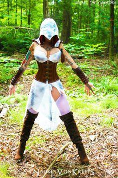 Assassins Creed cosplay hot