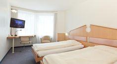 Welcome Inn - 3 Star Hotel - $90, Kloten Switzerland