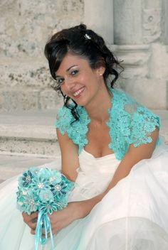 Simona and her tiffany green #bouquet www.momentisposi.it #sposa #bride #tiffany