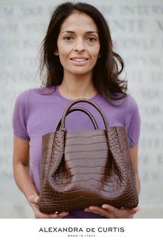 Are you looking for a designer leather handbag? Click through to check out the Amalfi Tote, handmade in Italy with smooth Italian Leather Handbags, Designer Leather Handbags, How To Make Handbags, Purses And Handbags, Italian Street, Brown Leather Handbags, Tote Purse, Amalfi, Fashion Inspiration