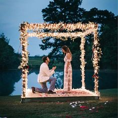 Such a romantic proposal captured by tap. Wedding Day Wedding Planner Your Big Day Weddings Wedding Dresses Wedding Bells Wedding Cake Cute Proposal Ideas, Romantic Proposal, Most Romantic, Romantic Weddings, Engagement Proposal Ideas, Perfect Proposal, Surprise Proposal, Country Weddings, Engagement Couple