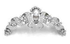 Pearl and Diamond Tiara (provenance unknown). Diamond and Pearl Ribbon Diadem by Martignetti circa 1957