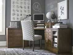 Commonwealth Corner Desk Set by Bassett Furniture features 2 finishes that increases its flexibility.