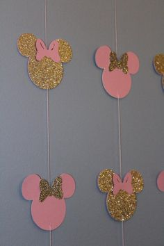 Pink and gold Minnie banner 10 strands Decoration Minnie, Minnie Mouse Birthday Decorations, Minnie Mouse First Birthday, Minnie Mouse Baby Shower, Minnie Mouse Pink, Minnie Mouse Party, Mouse Parties, Baby Birthday, First Birthday Parties
