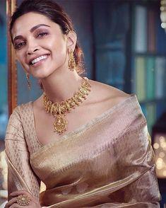 Deepika in saree – bestlooks Deepika In Saree, Deepika Padukone Saree, Bollywood Saree, Bollywood Actress, Deepika Padukone Hairstyles, Shraddha Kapoor, Ranbir Kapoor, Priyanka Chopra, Indian Designer Outfits