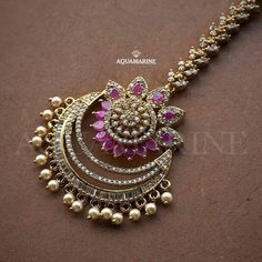 Jewelry care: how to clean your expensive jewelry Gold Jewelry Simple, Stylish Jewelry, Fashion Jewelry, Luxury Jewelry, Indian Wedding Jewelry, Indian Jewelry, Bridal Jewelry, Fancy Jewellery, Gold Jewellery Design