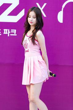 G-Friend EunHa Pretty Asian, Beautiful Asian Girls, Cute Girls, Cool Girl, Korean Celebrities, Queen, Korean Girl Groups, Kpop Girls, Asian Beauty