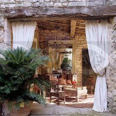 GAAYA arte e decoração: Varandas exibem suas cortinas com muito charme