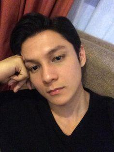 Joseph Marco, Phone Wallpaper For Men, Star Magic, Young Actors, Filipino, Cute Boys, Burns, Ship, Iphone