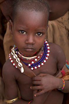 Africa | Hamer girl. Omo Valley, Ethiopia | ©Corrin Phillips