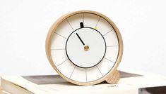 Wooden Desk Clock Wooden Clock, Wooden Desk, Desk Clock, Alarm Clock, Tv Sony, Time Design, Smart Design, Unusual Gifts, Concrete