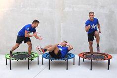 So viele Möglichkeiten, wir können uns einfach nicht entscheiden. Welche ist Deine Lieblingsübung?  #Lieblingsübung #Übungen #Übung #workout #training #fitness #fit #excercise #trampolin #minitrampolin
