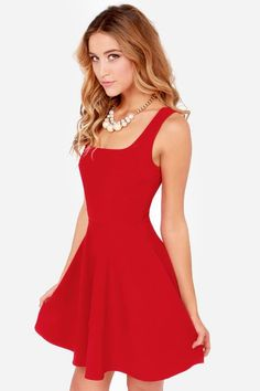 16 Fashionable Red Dress Ideas for Lovely Women