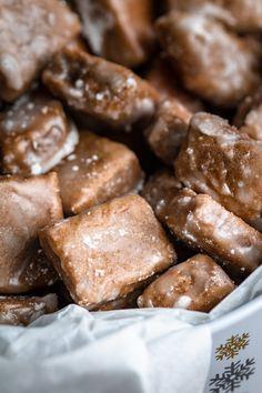 Idealne miękkie pierniczki i boska krajanka (7 składników) - Wilkuchnia Polish Recipes, Food Cakes, Something Sweet, Delicious Desserts, Gingerbread, Cake Recipes, Sausage, Sweet Treats, Food And Drink