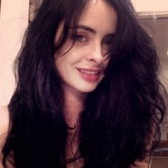 Krysten Ritter Returns as Gia Goodman in the Veronica Mars Movie -- The actress reprises her role from the original series alongside Kristen Bell, Jason Dohring, Tina Majorino and many more. -- http://wtch.it/MHuSu