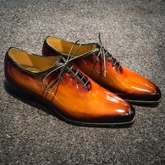 Artisans Bottiers — Patinated Patent leather, MTO. Bold Cognac patina....