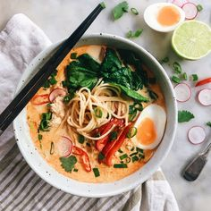 THAI RED CURRY NOODLE SOUP, RAMEN STYLE | The Healthy Hunter
