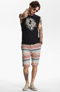 Sleeveless t-shirt to show off the sleeve tattoo.