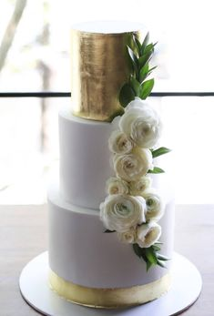 Featured Cake: Sweet Bakes; www.sweetbakes.com.au; Wedding cake idea.