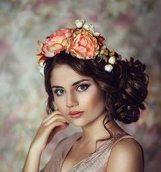 Сказочный цветочный венок - аксессуар для волос - повязка из цветов для невесты - ободок для девочки - аксессуар для фотосессии