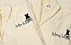 Set de halate personalizate, un cadou de nunta nu doar special, ci si foarte util!