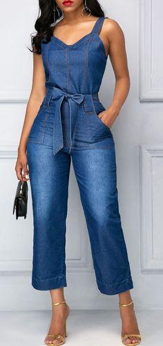 Belted Open Back Blue Pocket Jumpsuit Macacão Jeans! Blue Jumpsuits, Jumpsuits For Women, Fashion Jumpsuits, Mode Outfits, Fashion Outfits, Womens Fashion, Travel Outfits, Fashion Boots, Fashion Ideas