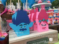 Trolls Party/ Trolls boxes/Poppy Trolls/Ramon Trolls/ Mesa de dulces Trolls/Cumpleaños Trolls