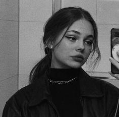 -oy verin bebisler 🍌 #kurguolmayan # Kurgu Olmayan # amreading # books # wattpad Bad Girl Aesthetic, Aesthetic Grunge, Aesthetic Photo, Aesthetic Pictures, Mode Poster, Tumbrl Girls, Selfie Poses, Insta Photo Ideas, Grunge Girl
