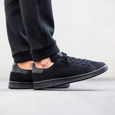Find all the official stores   direct shops links where to buy the Adidas  Originals Stan Smith Primeknit  Triple Black  online d1f08210d376