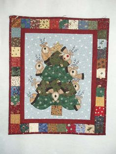 Image detail for -My quilt definitely belongs in the Christmas section of the quilt show ...