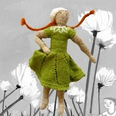 Green dress and lopi tam - Icelandic doll knitting pattern PDF http://icelandicknitter.com/en/models/henriettas-lopi-set/