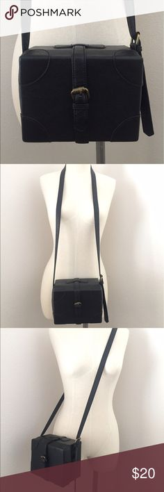 Shoulder/Crossbody Black Box Purse Super cute black box shoulder crossbody handbag purse from H&M divided. Loved in great condition. H&M Bags Shoulder Bags