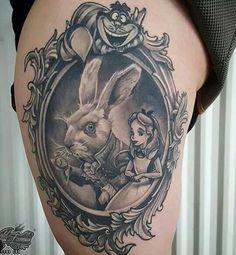 Alice no País das maravilhas em moldura  Tattoo