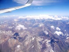 The first thing you should do when travelling to Santiago is to choose a window seat. You don't want to miss the Andes view from the plane! The Andes is the largest chain of mountains of the World in length: 8,000 kilometers throughout South America, from Venezuela to Patagonia. #Santiago #Chile