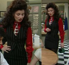 Fran Drescher (Fran Fine) in a pinstripe skirt suit with Fornasetti lips tie Fran Fine The Nanny, Miss Fine, Nanny Outfit, 90s Fashion, Vintage Fashion, Fran Drescher, Preppy Girl, Glam Dresses, Women Ties