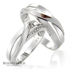 Astonishing white gold wedding rings