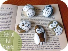 The owl magnets on My Owl Barn are so cute - and you can make your own.  All you need are pebbles, decorating materials, glue and self-adhesive magnet strips.