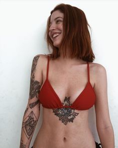 Tattoos for women: totally recommended designs! Sexy Tattoos, Unique Tattoos, Beautiful Tattoos, Girl Tattoos, Small Tattoos, Tattoo Designs For Women, Tattoos For Women, Mujeres Tattoo, Alternative Girls