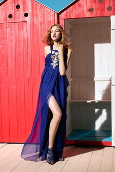 Christian Dior- We love the royal blue and the embroidery by the neck line. Those are above great dresses with beautiful cutline that can be inspired you at prom dresses 2012 designer collection royal blue.