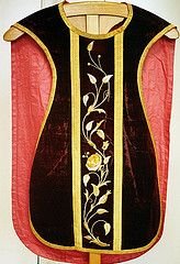 NEG003-01 (paramentica) Tags: embroidery neogothic chasuble vestment