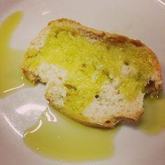 L'olio nuovo e il pane, Brisighella - Instagram by sulbarattolo