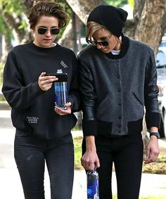"""Several tabloids have recently been reporting that Kristen Stewart and Alicia Cargile went on a """"romantic vacation"""" together in Hawaii over the holidays. Certain sources were also careful to note that Stewart had donned a """"baseball cap and baggy…"""