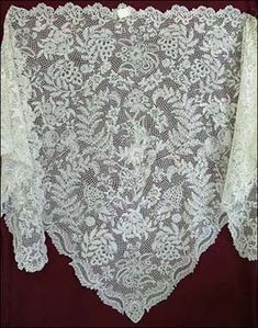 The history of lace.   Honiton Lace shawl, late 19th century (MBM.1.2008) Retrieved from The Lace Guild (https://www.laceguild.org/craft/britain.html)