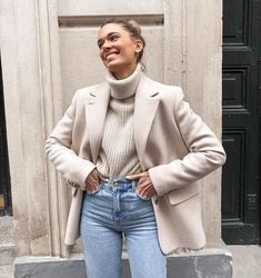 20 Cozy And Chic Women Winter Outfits To Copy This YearChic Winter Chic Winter Outfit Ideas For Your tenues décontractées exceptionnelles dont vous aimerez Winter Chic, Chic Winter Outfits, Winter Outfits For Work, Autumn Winter Fashion, Winter Style, Fall Fashion, Komplette Outfits, Trendy Outfits, Fall Outfits
