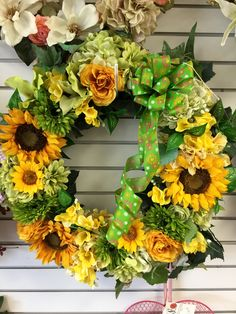 Spring wreath by Andi at Silk Florals 2017