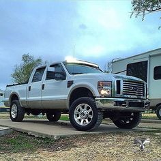 Powerstroke, Lifted do nosso amigo Trucker Tieler Morris Awesome Truck! Welcome to Truckyeah Truckers! Ford Super Duty, Lifted Ford Trucks, Diesel Trucks, Cool Trucks, Offroad, 4x4, Monster Trucks, Pickup Trucks, Motorcycles