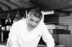 Un exitoso chef israelí se prepara para lanzar un nuevo restaurante y libro de cocina en Bucarest - http://diariojudio.com/noticias/un-exitoso-chef-israeli-se-prepara-para-lanzar-un-nuevo-restaurante-y-libro-de-cocina-en-bucarest/153083/
