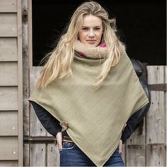 Green Tweed and Faux Fur Cape by Annabel Brocks. Our stunning warm winter cape is made using the finest Tweed lined with fleece and a luxury faux fur trimmed collar. Country Fashion, Country Outfits, Country Style, Fur Cape, Cape Coat, Business Woman Successful, Business Women, Faux Fur Collar, Tweed