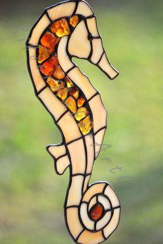 I love suncatchers: Seahorse Tiffany glass stained glass suncatcher by AmberGlassArt,